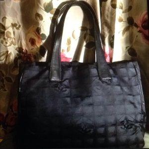 wow CHANEL CC Monogram Tote Handbag